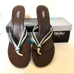 Mossimo Supply Co. Heeled Sandals Size 8.5